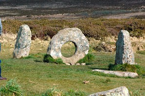 Men an Tol - the female and two males!